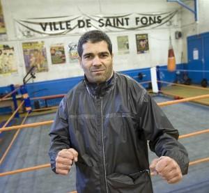 Nasser Kacer entraîneur et fondateur du Gym Boxing de  saint Fons