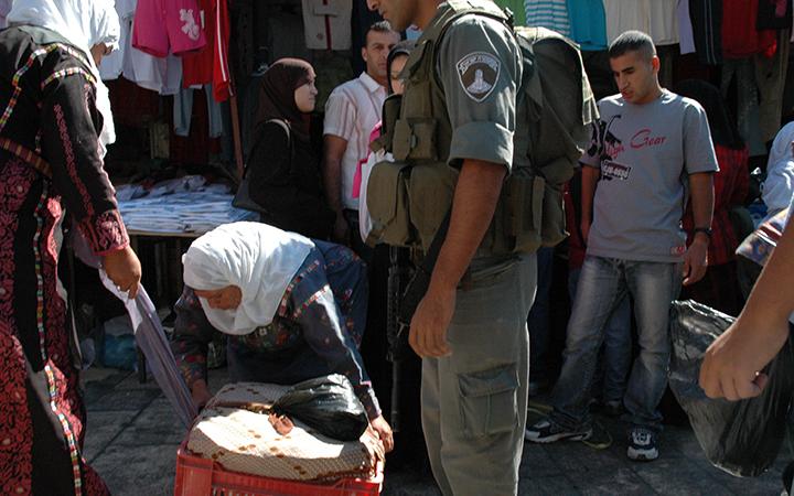A Jérusalem, les habitants subissent au quotidien la pression de l'occupation_1