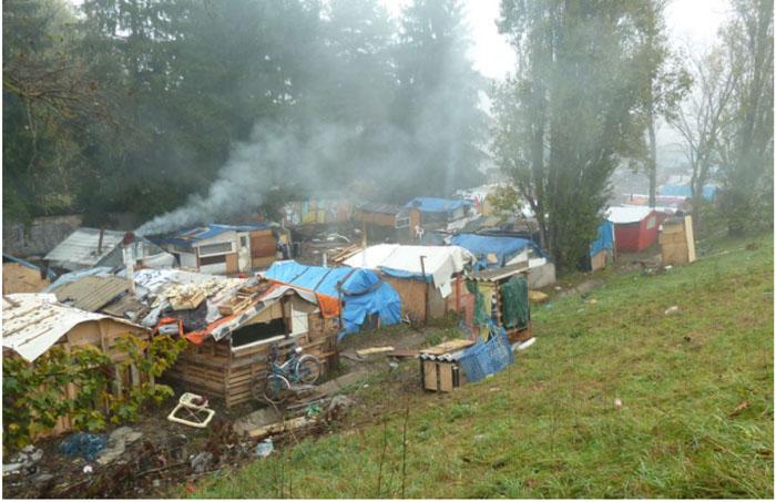 Ceci n'est pas un camp de Roms, c'est un bidonville