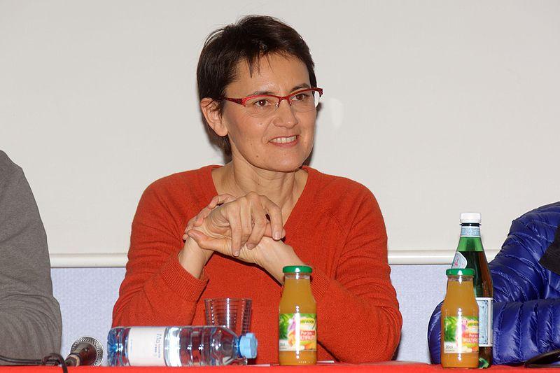 Nathalie Arthaud : «C'est le grand capital qui pèse sur les institutions européennes.»