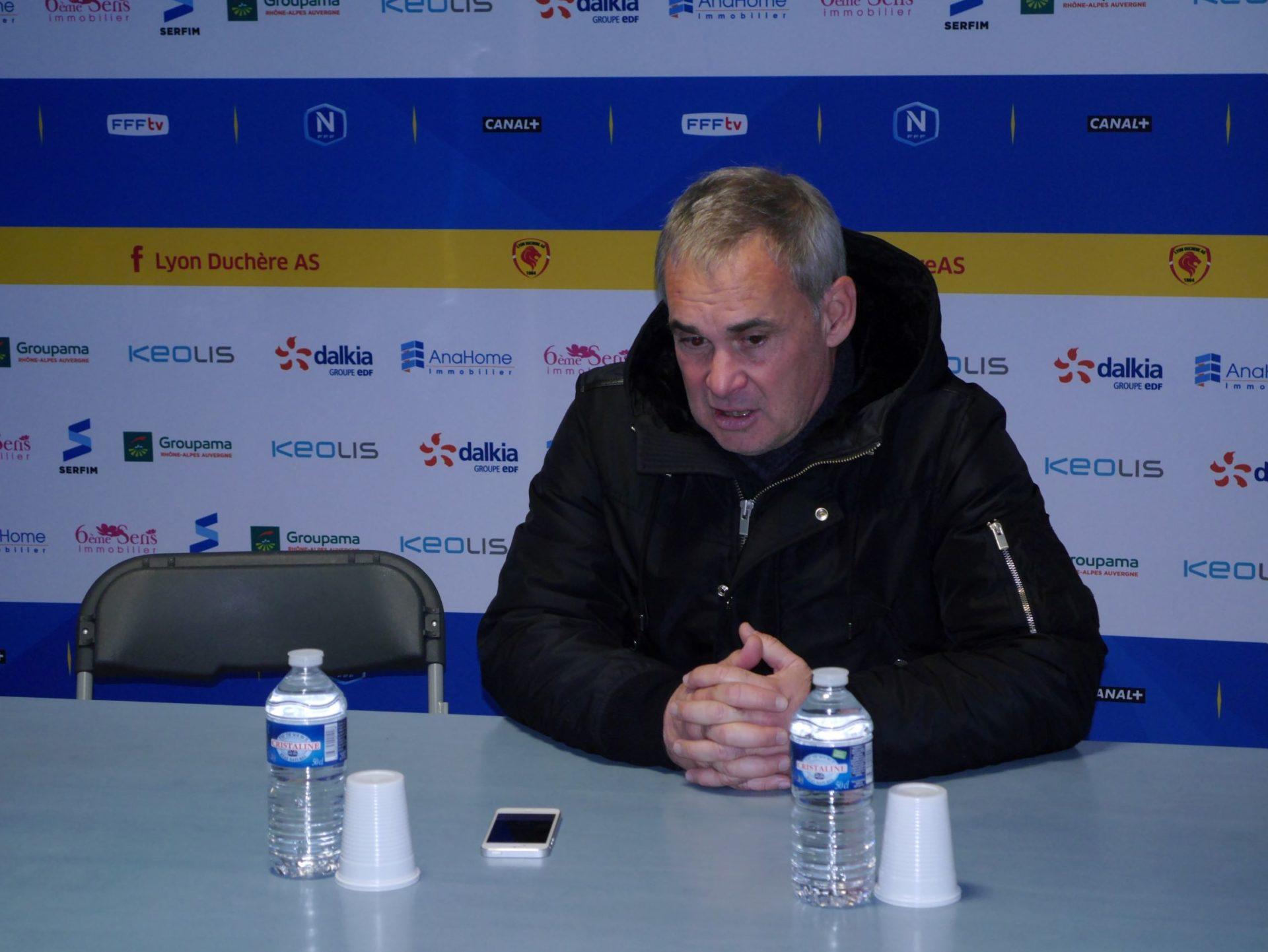 L'entraîneur duchèrois satisfait de la prestation de ses joueurs crédit photo : Hugo Dervissoglou / LBB