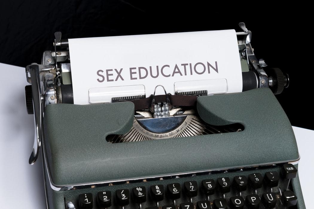 """Education sexuelle en milieu scolaire : """"Il faut qu'il y ait une prise de conscience collective."""""""