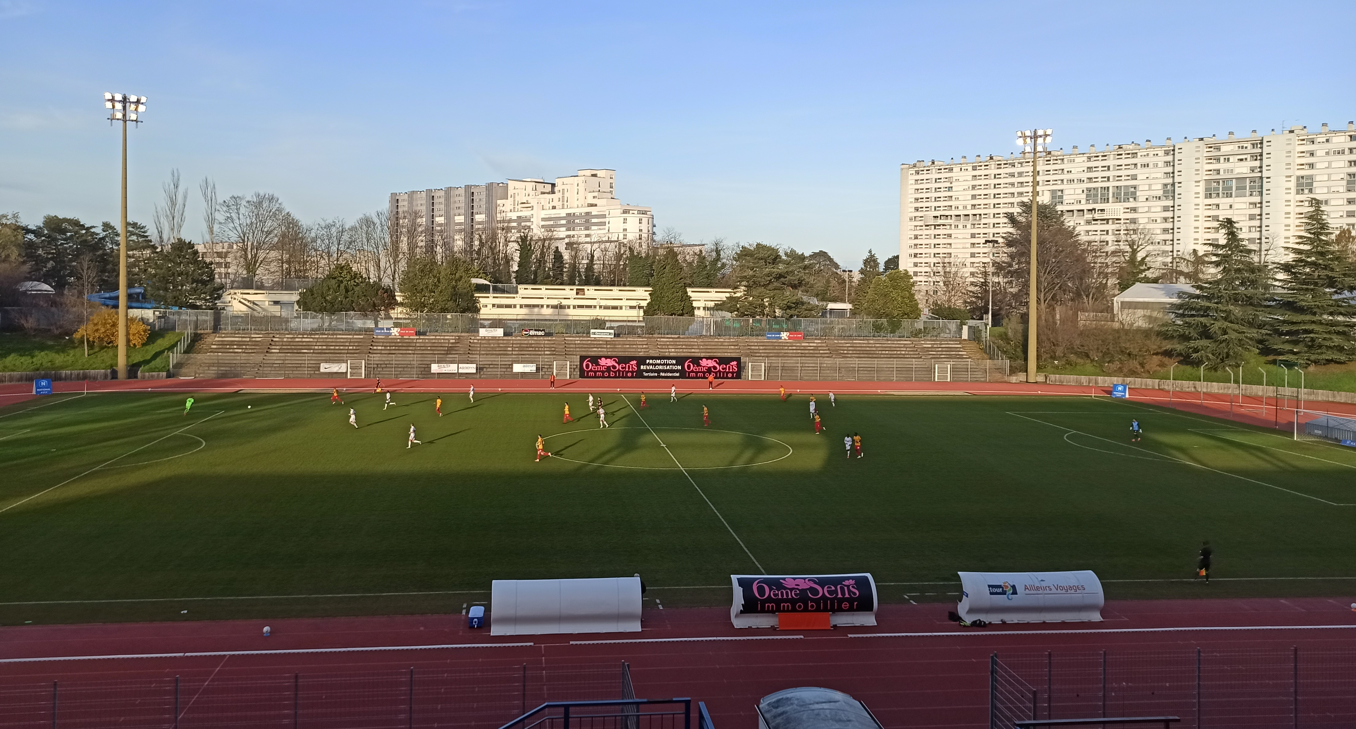 Le Sporting Club de Lyon surclassé par Annecy