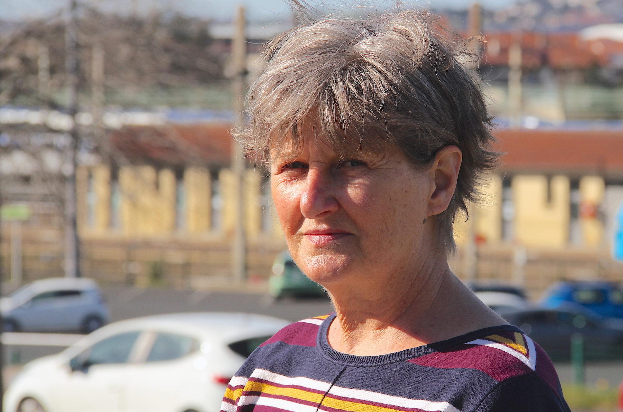 """Chantal Gomez (Lutte Ouvrière) [2/2] : """"Je veux unifier les travailleurs"""""""