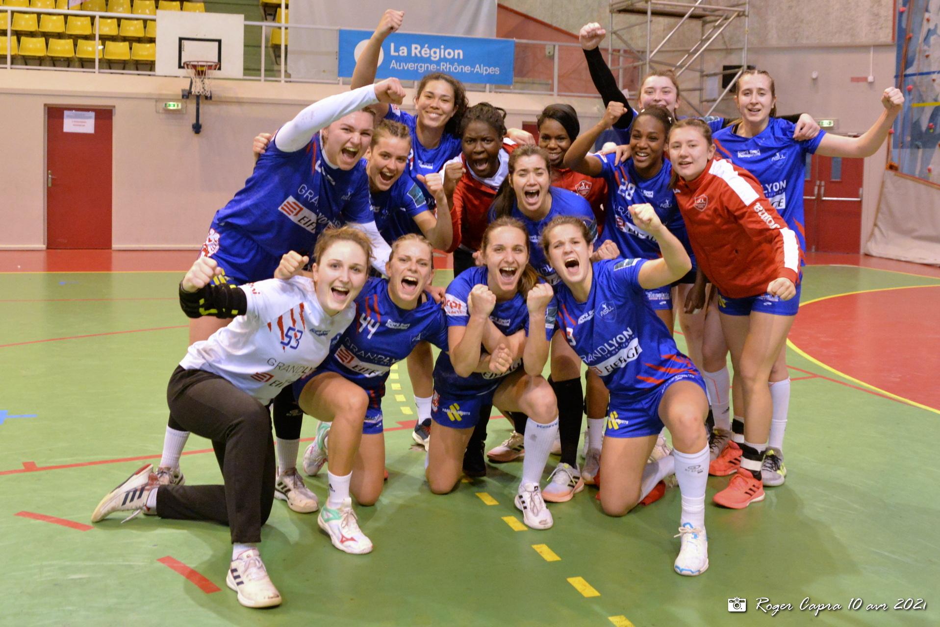 D2 Hand féminin : Marion Theys enflamme le palais des sports Jean Capievic