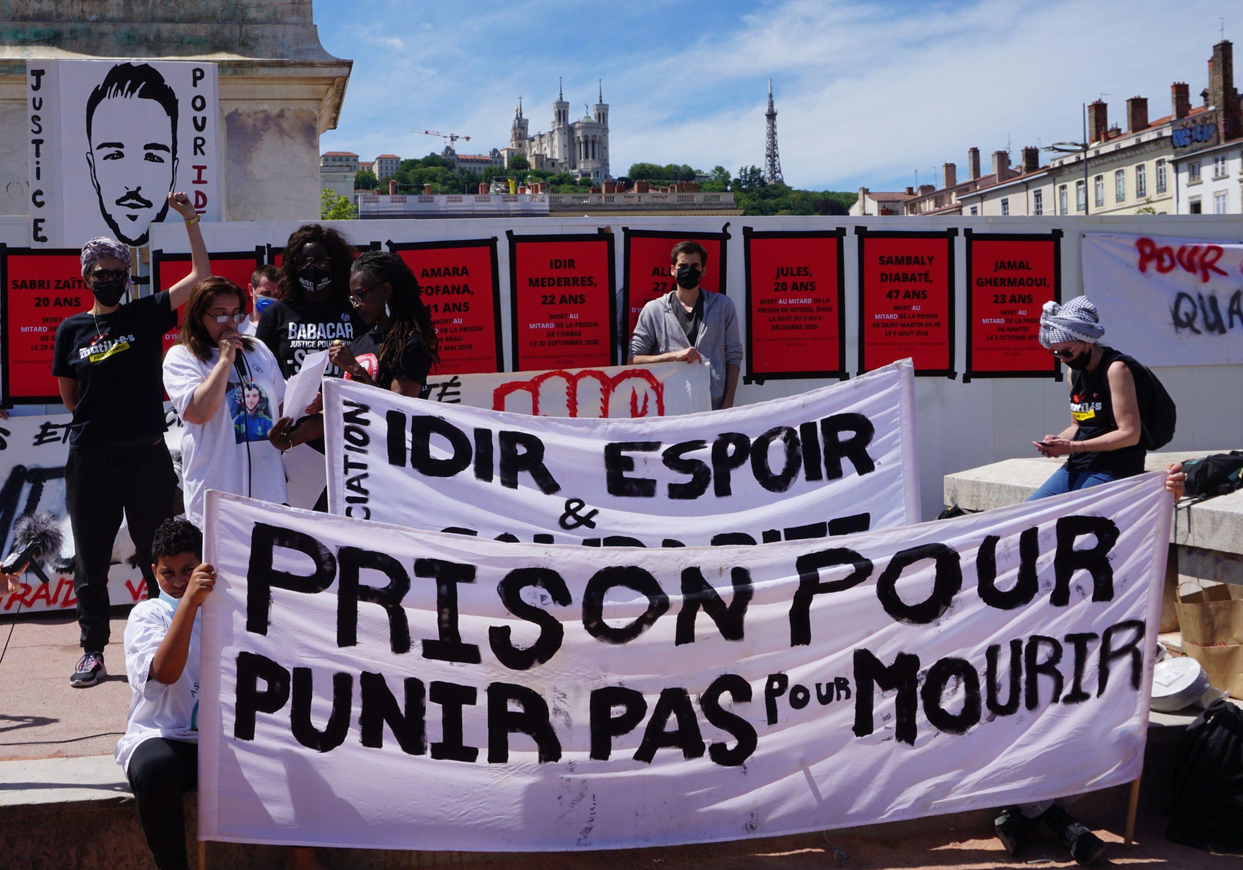 Mort d'Idir Mederess : une centaine de manifestants contre les violences pénitentiaires à Lyon