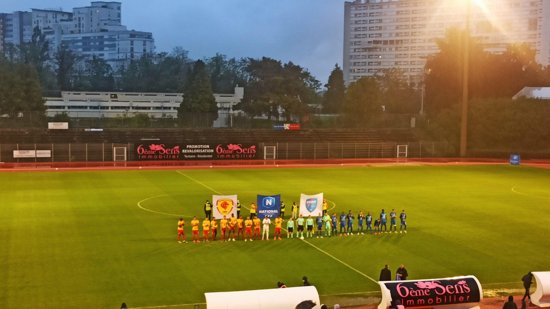 Lyon peut toujours espérer ne pas finir lanterne rouge, après sa victoire face à Bourg-en-Bresse (2-1) lors de l'avant-dernière journée de N1.