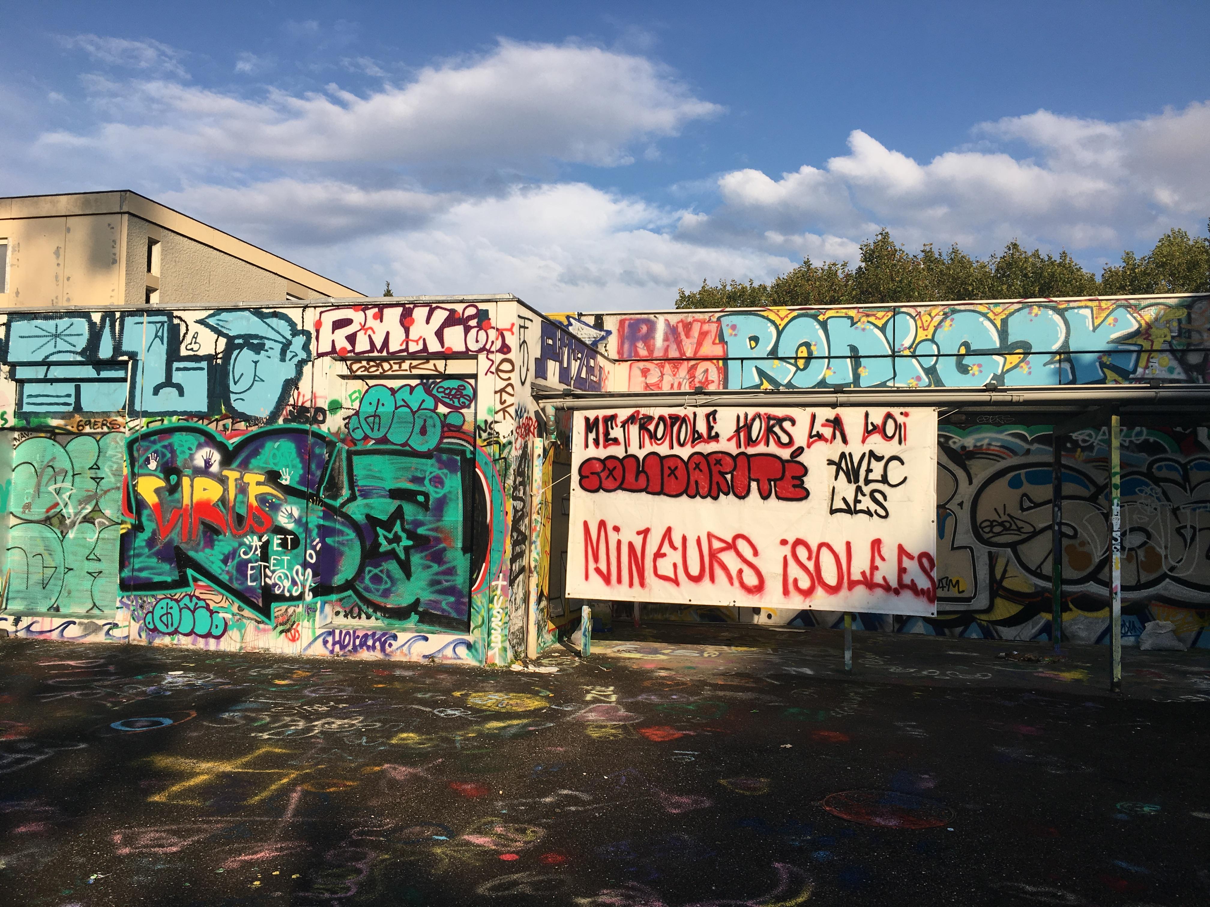 À Croix Rousse, un nouveau squat pour des mineurs isolés en situation migratoire.