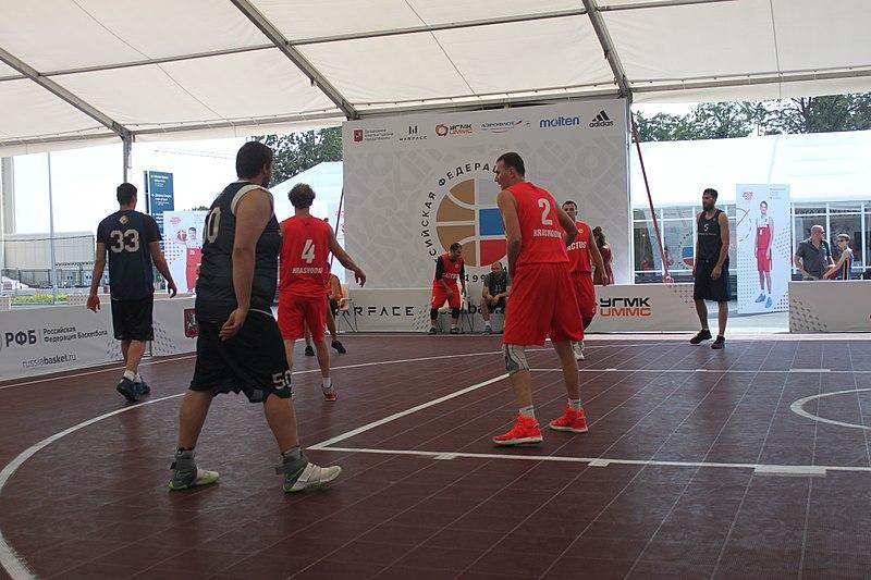 Le basket 3×3 prend de la hauteur