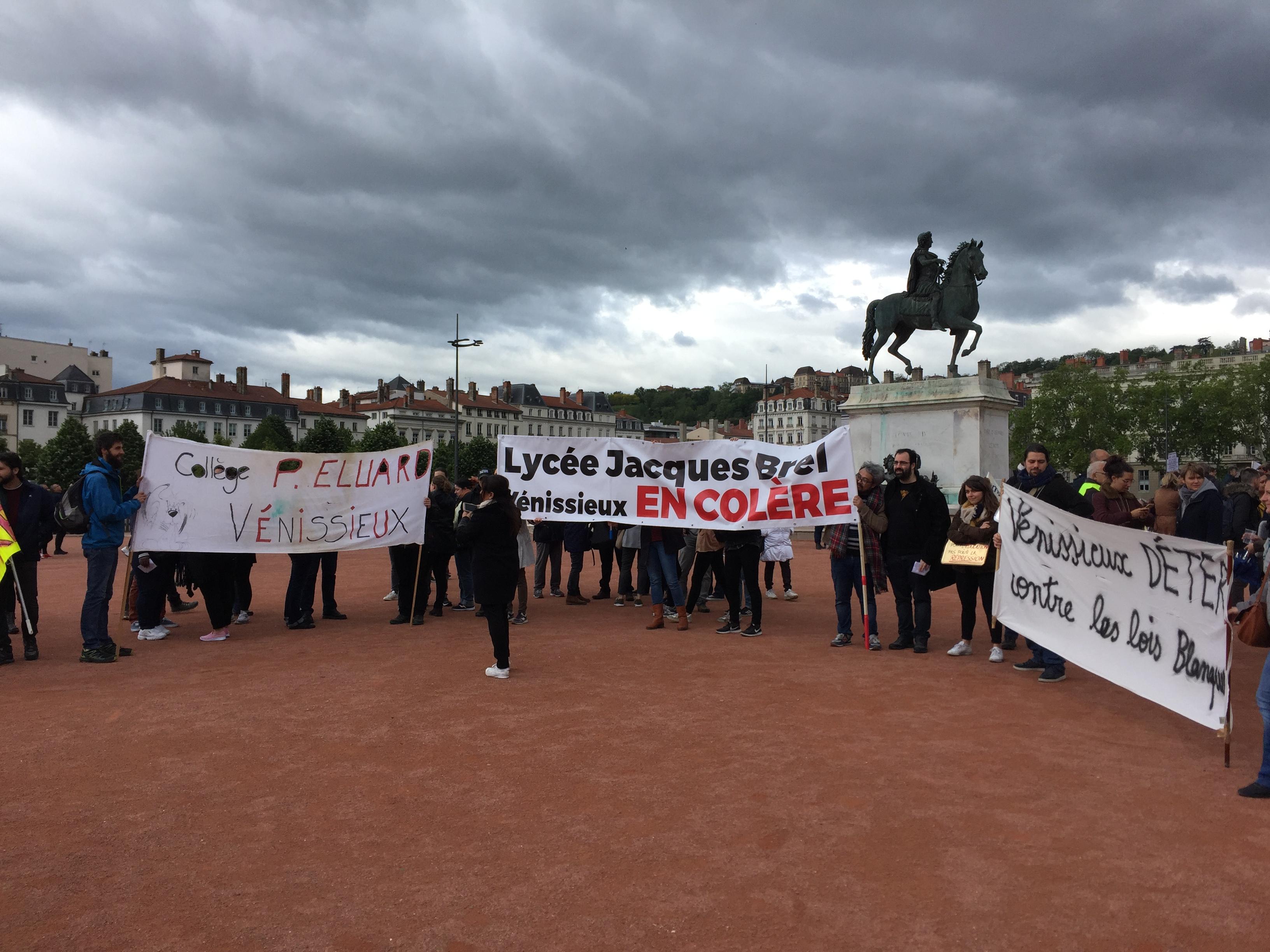 Manifestation  : les enseignants font la leçon à Jean-Michel Blanquer