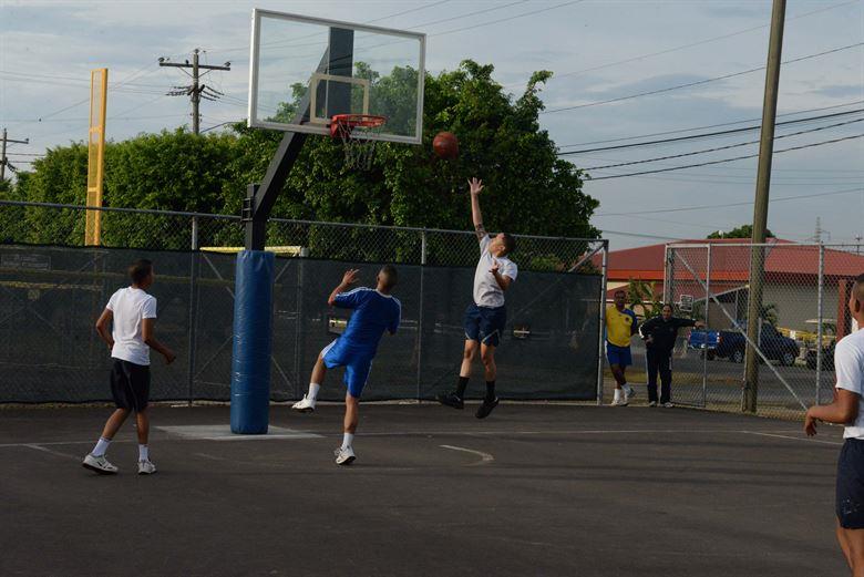 « Le Streetball reflète la richesse de la rue »