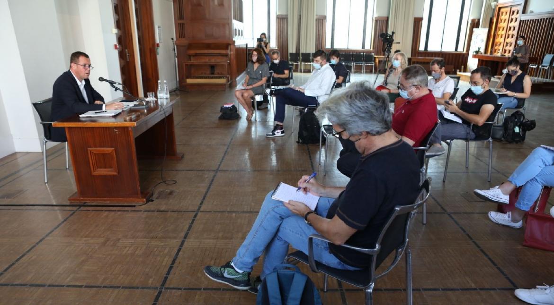 Première conférence de presse du maire de Villeurbanne : sécurité, Covid, écologie et urbanisme