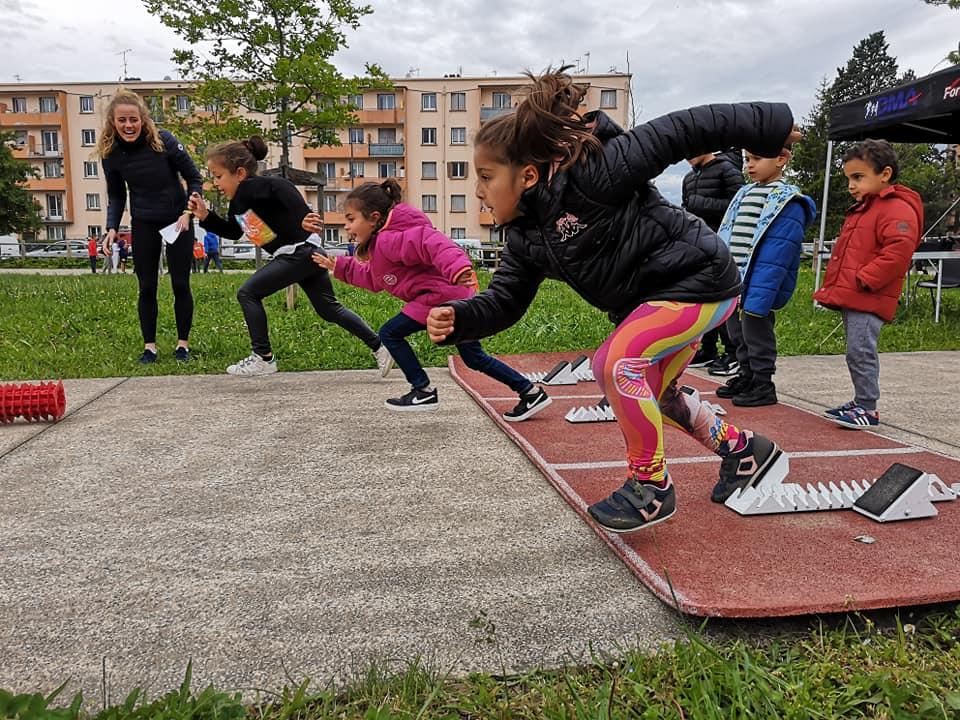 """""""Champion de mon quartier"""" : l'athlétisme pour tous les jeunes"""