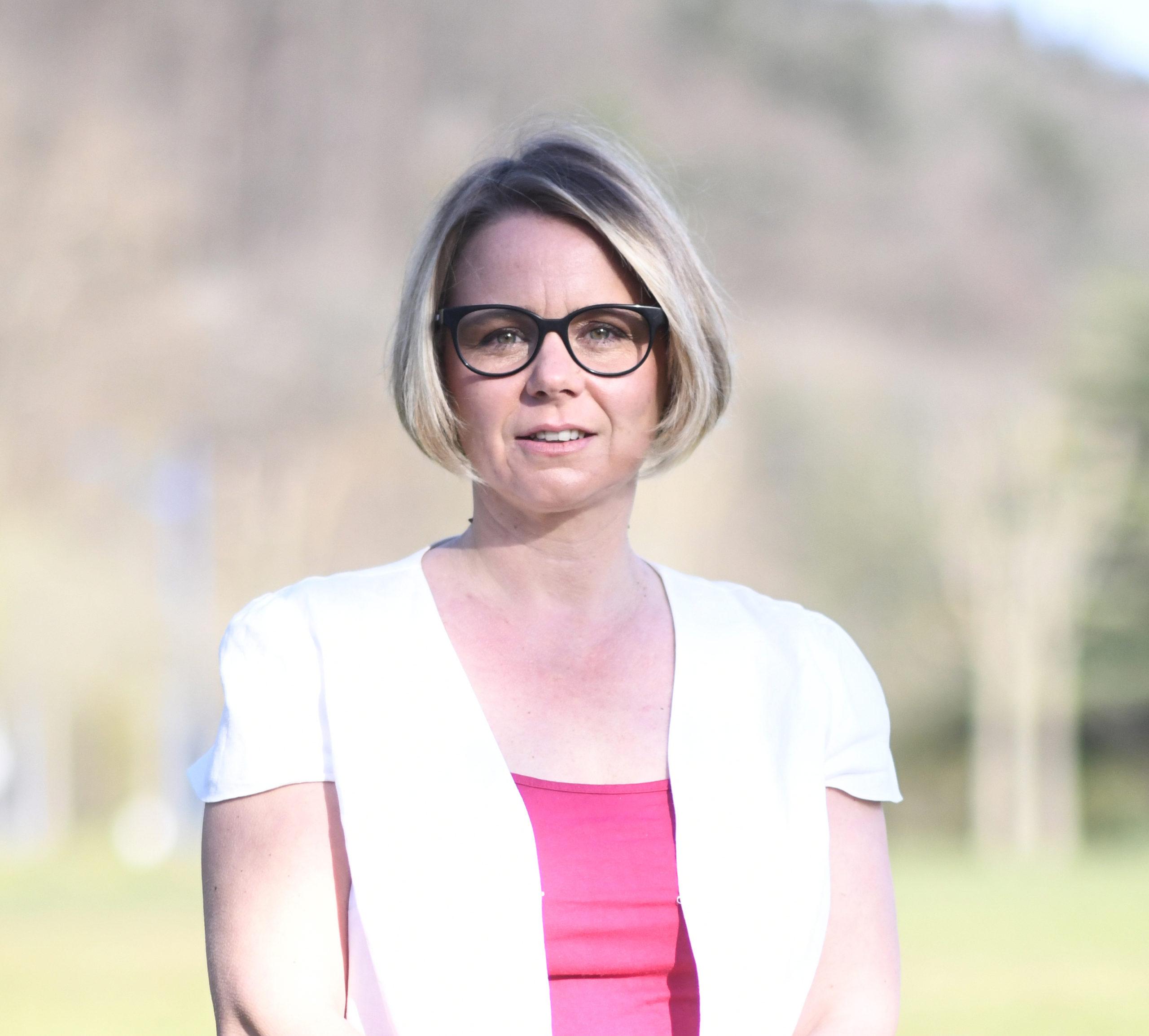 Cécile Cukierman : « Il faut remettre au cœur des territoires la valorisation des savoirs faire » – Partie 2